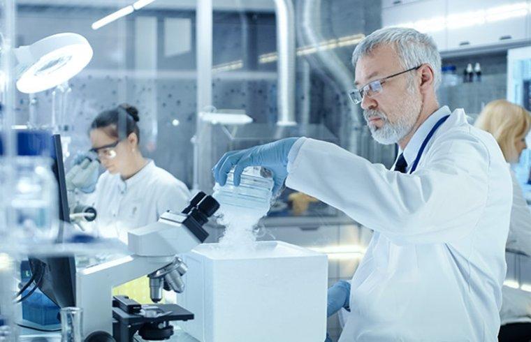 Reagentes úteis para o clareamento de tecidos